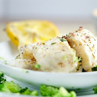 BAKED FISH FILLETS IN CREAMY SAUCE WITH BROCOLLI