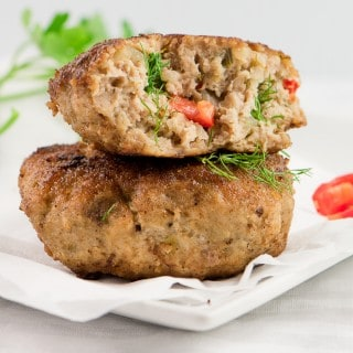 RUSSIAN CUTLETS ( CHICKEN, BEEF AND VEGETABLES)