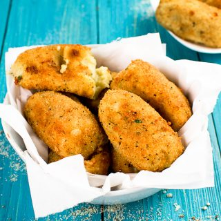 POTATO CROQUETTES ( Crocchette di patate)