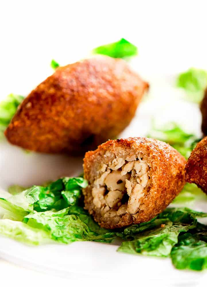Kibbeh recipe lebanese meat croquettes video chefjar kibbeh recipe kibbeh recipe forumfinder Image collections