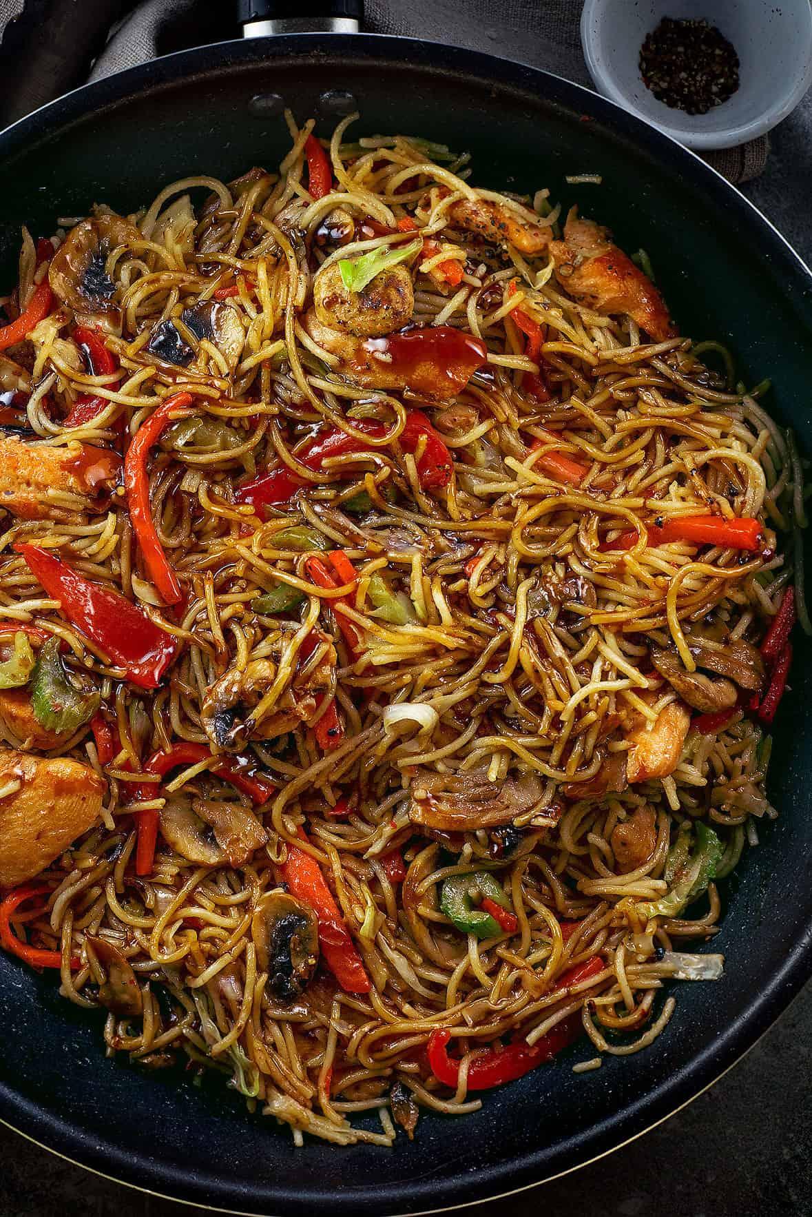 Chicken Lo Mein Noodles In 30 Min Chefjar